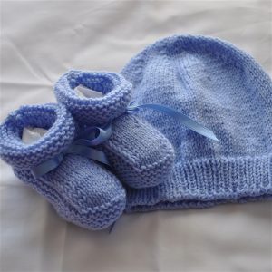 MB334 Bootees and Beanie - blue