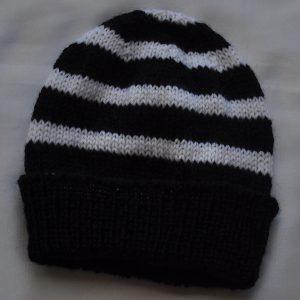 black:white beanie